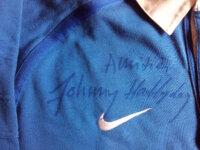 Dédicace sur maillot Johnny Hallyday 4