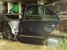 porte arrière gauche de mercedes w210