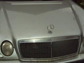 capot de mercedes w210 classe E