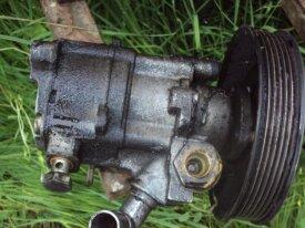 pompe de direction assistée de mercedes w210