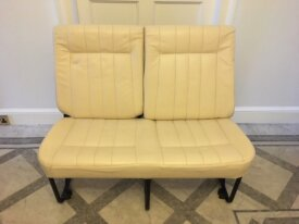 Middle seats give-away - with seatbelts - leather