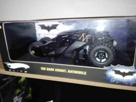"Vente Batmobile 1.18 ""thrumbler"" hot whe"