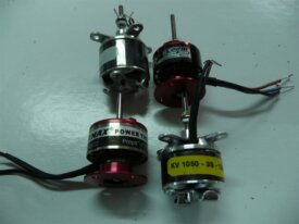57 - 4 MOTEURS BRUSHLESS