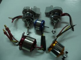 65 - 5 X MOTEURS BRUSHLESS DIVERS