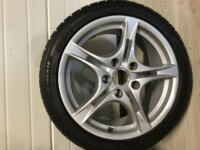Jantes originales Porsche 18' Michelin Alpin 2