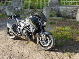 Vends GSXS-750 black mat 2018