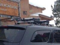 Adaptateurs porte-ski pour barres de toit profilée 8