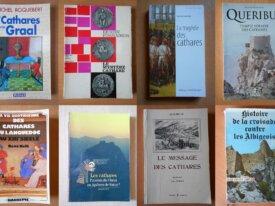 Lot : 8 livres sur les Cathares