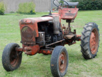 A VENDRE tracteur VENDEUVRE 1