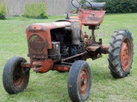 A VENDRE tracteur VENDEUVRE