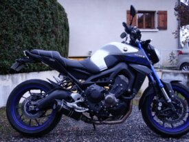 Vends Yamaha MT-09 Race Blue ABS en Full de 2016.