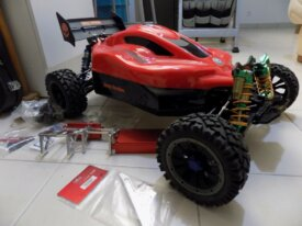 LOSI B4 Brushless neuf