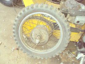 roue arr de kawasaki 125 KE ou K1