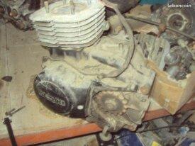 bas moteur suzuki 400 dr