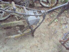 cadre 125 yamaha dtlc a restaurer