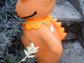 Modèle-DINO-CASIMIR-tricot-de toute-ma-jeunesse