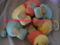 PDF/PATRON:Doudou Chenille multicolore tricot 2