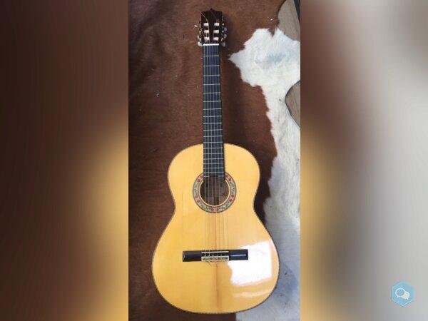 Guitare flamenco de luthier Montes Rodriguez - img