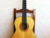 Guitare Yamaha sonorisée par luthier 1