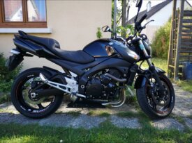 Gsr 600 full black 2010