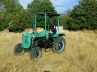 Tracteur IH F137D 3