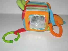 jouet cube bébé grelot breloque babysun