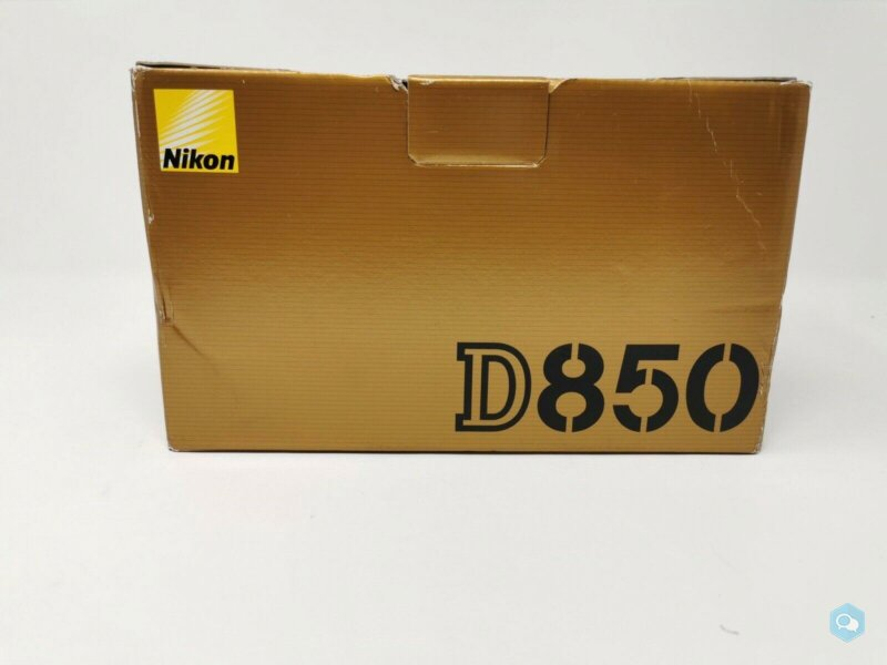 Nikon D850 dslr 45.7MP Camera body 1