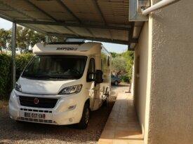 vente maison avec grand abri camping car