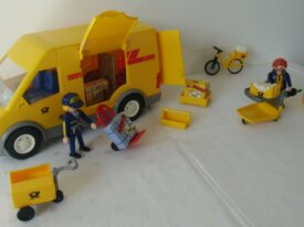 Playmobil-Moderne-2 postiers + camionnette + etc