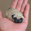 Art d'Akie Nakata : Pierres transformées en animaux miniatures
