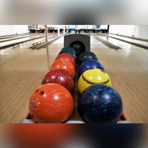 14.10. Bowling Sportpark Feuerbach 18-20 h 1.jpg