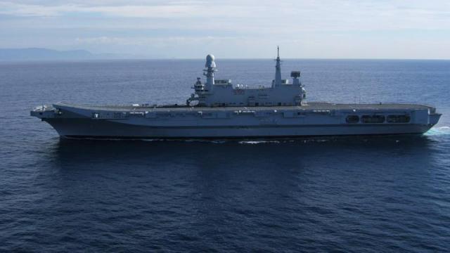 BRITISH AEROSPACE HARRIER ET SEA HARRIER 139252Cavour