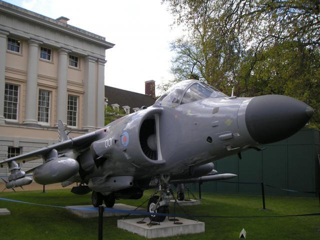 BRITISH AEROSPACE HARRIER ET SEA HARRIER 140194Sea_Harrier_Maritime_Museum