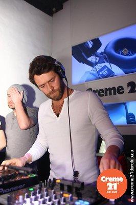Howard DJing au creme 21 en Allemagne 19-02-2011 140739090vi