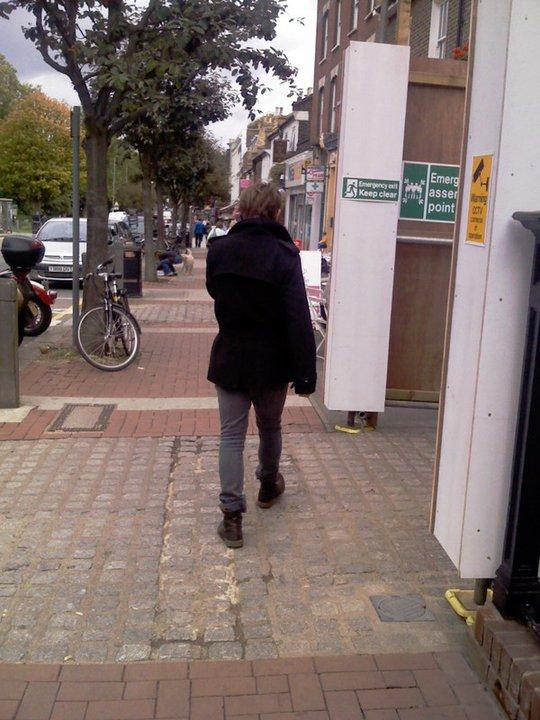 Mark fait du shopping à  Wandsworth 16/09/2010 23364459254_428855277605_642787605_5514677_7325413_n