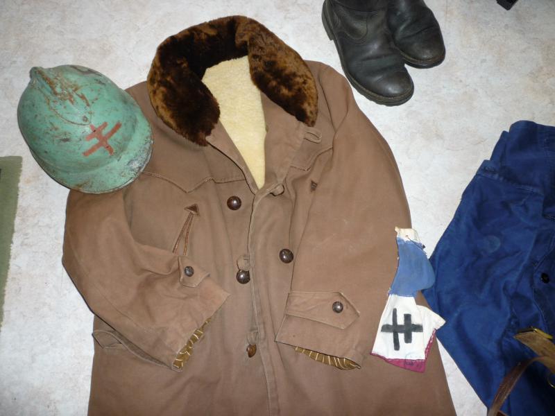 Mes tenues pour Résistance 2010.  243859P1010854