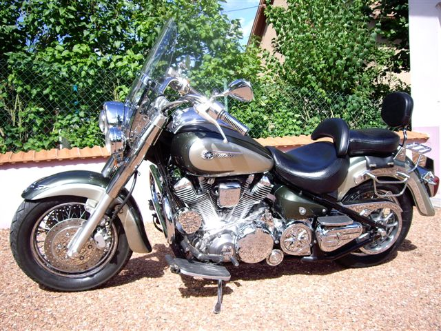 Venture V-Twin 1800 245802Vue_laterale