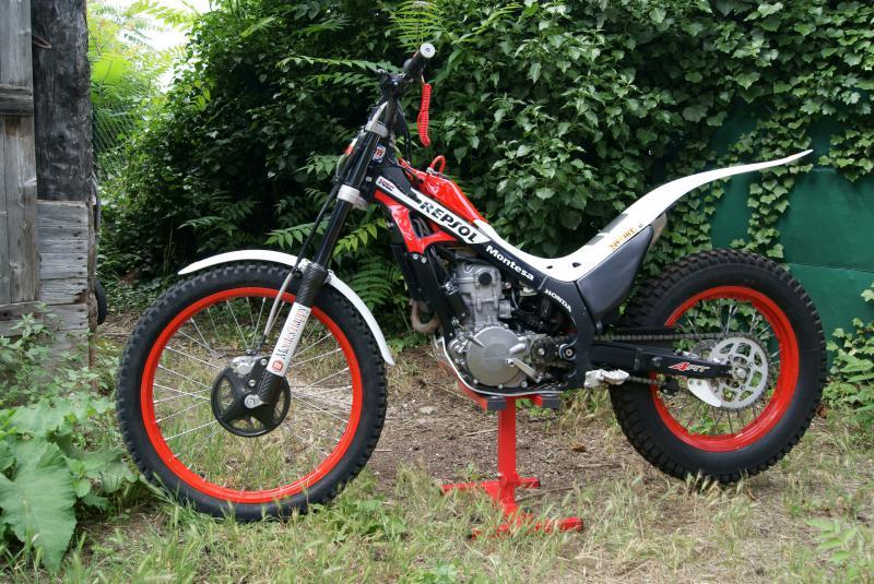 Montesa 249 4rt Repsol Montes'Happy 27629DSC05791