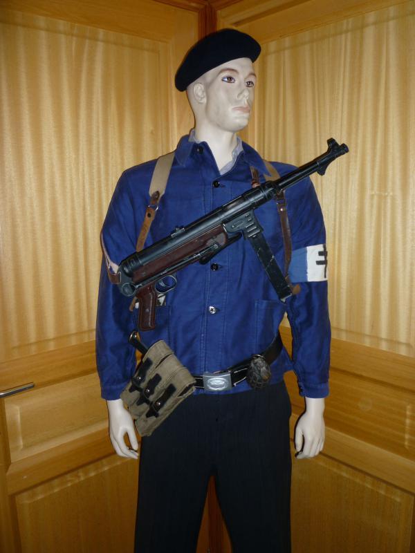 Mes tenues pour Résistance 2010.  281352P1010842