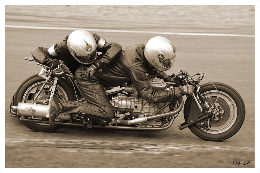 Bikers Classics à Spa Francorchamps (Moto) : Les photos 3132252010_06_12_3447