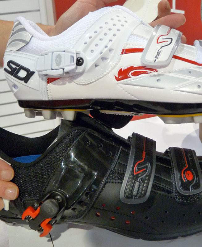 SIDI 325487sidi_shoes_2011_buckle_stitch_updates02