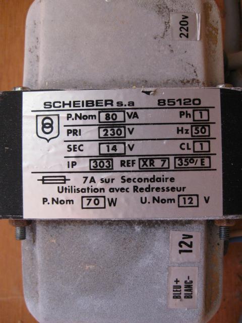 Transfo 220/12V + capot + porte-fusibles - B à pile - OFFERT 357095IMG_1639