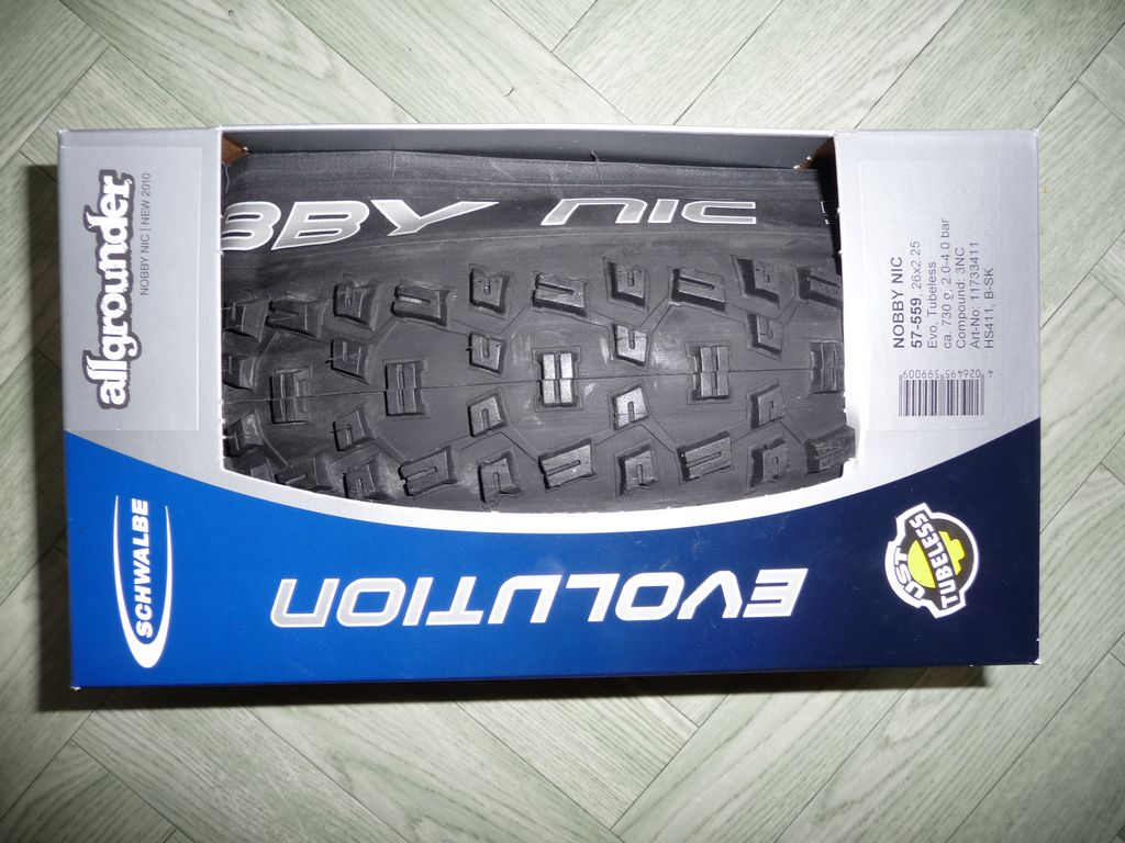 [VENDS] Divers pneus 386001tn_P1060111