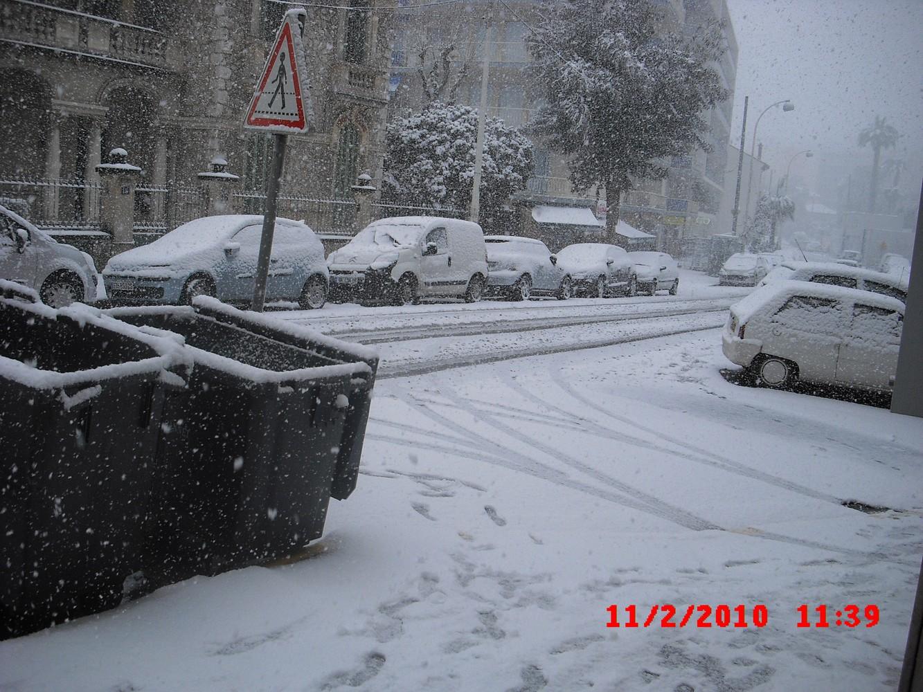 De la neige sur la côte d'azur ! 411613CIMG0020