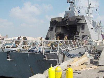 Marine Israelienne. 416293ins_hanit_missile_damage