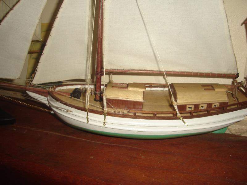 SPRAY, sloop au 1/40e - plan MRB 441043DSC04030