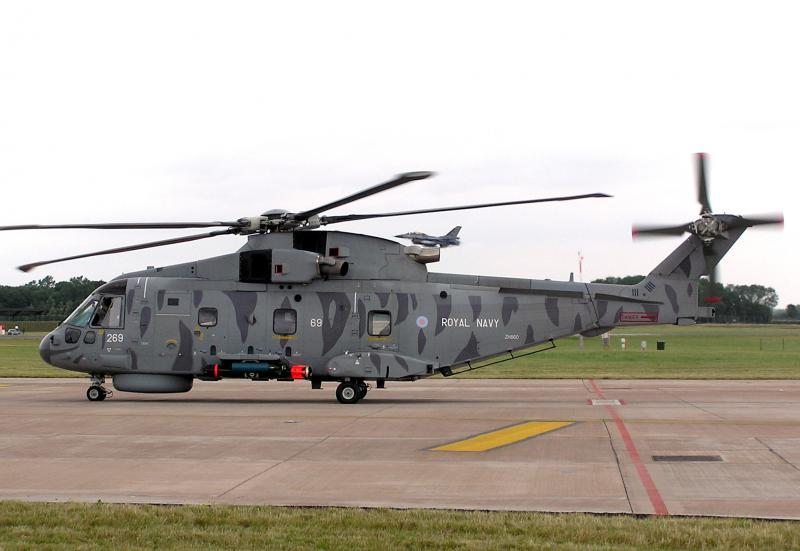 AGUSTA-WESTLAND AW-101 MERLIN 443845Merlin_HM_Mk_I_Royal_Navy