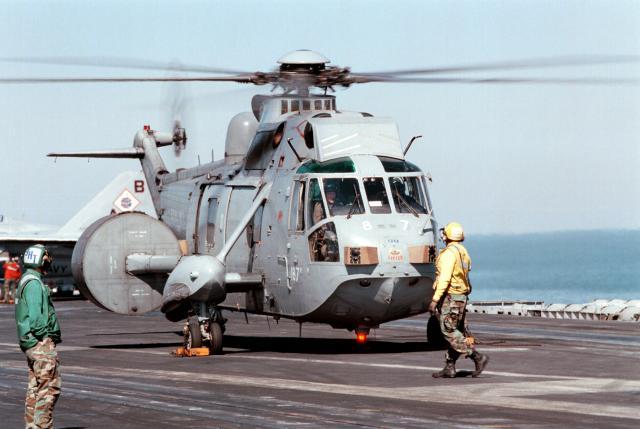 AGUSTA-WESTLAND AW-101 MERLIN 470258SeaKing_AEW_849Sqn_CVN_73_1998