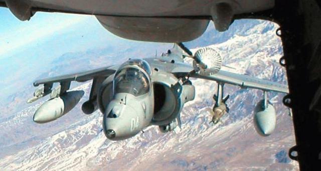 BRITISH AEROSPACE HARRIER ET SEA HARRIER 471615AV_8B_Harrier_KC_10_drogue