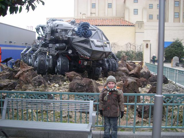 [Disneyland Paris] Premier séjour au DLH (31 janv.-2 fév. 2011) + un anniversaire inoubliable ! - Page 4 491794187